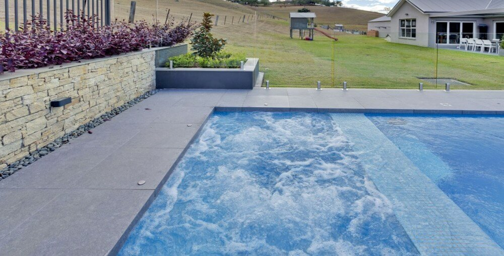 Pool Owners Advice_How Long Does It Take to Build a Pool